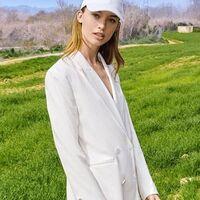 15 vestidos, americanas y pantalones con 40% de descuento en Bershka tan trendy que parecen de Zara