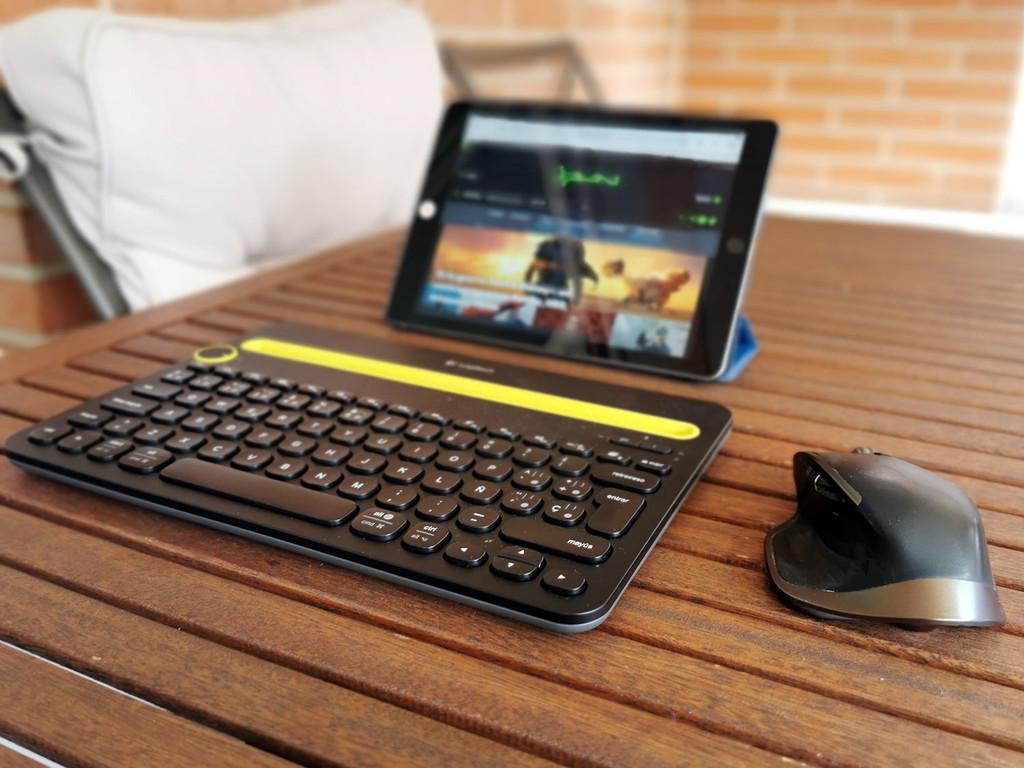 He probado a convertir el iPad en un portátil: esta ha sido mi experiencia, y esto es lo que opinan los ?veteranos? de Xataka