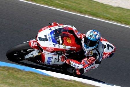 Superbikes 2011: Carlos Checa se lleva la superpole... y los demás entrenamientos