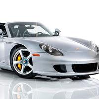 Uno de los primeros (y sublimes) Porsche Carrera GT será subastado en breve, con apenas 1.200 km