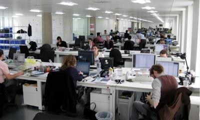 Cómo disminuir el consumo eléctrico en la oficina