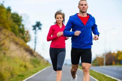 ¿Cómo correr más kilómetros cada semana sin pasarnos?
