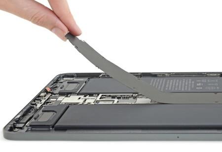 iFixit descubre que el iPad Pro de 11 pulgadas es (un poco) más reparable que las generaciones anteriores