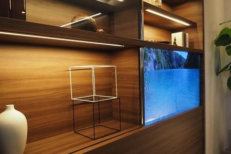 La nueva tele transparente de Panasonic es muy chula, aunque por ahora poco práctica