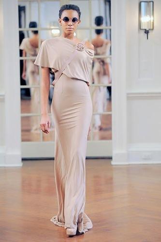 Victoria Beckham, Otoño-Invierno 2010/2011 en la Semana de la Moda de Nueva York VI