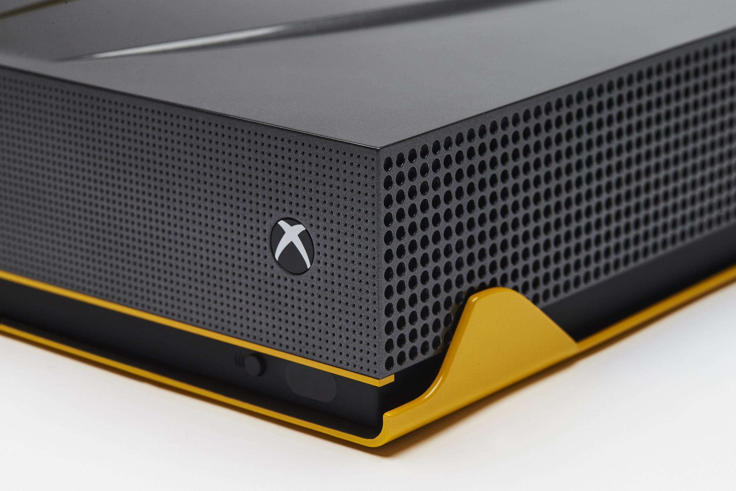 Foto de Xbox One S Lambborghini (3/8)