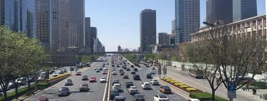 China quiere controlar sus coches con un chip de identificación, y esa medida también podría llegar aquí