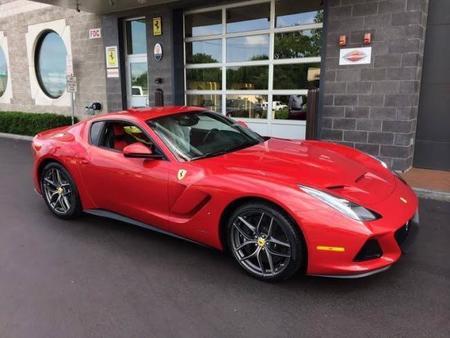 Ferrari F12 SP America