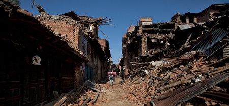 Dos años después del brutal terremoto que arrasó el país, Nepal continúa en ruinas
