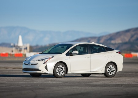 17,259 unidades de Toyota Prius deberán visitar el taller en México