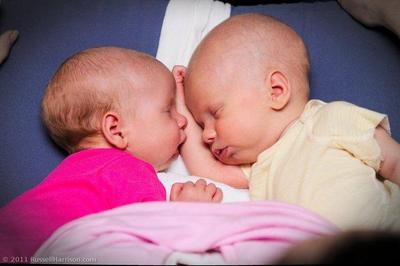 Daniel y Lucía, los nombres más elegidos por los españoles en 2010 para sus bebés