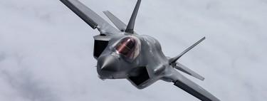 """Elon Musk afirma que """"la era de los cazas tripulados ha pasado"""", el futuro aire los cazas-dron controlados remotamente"""