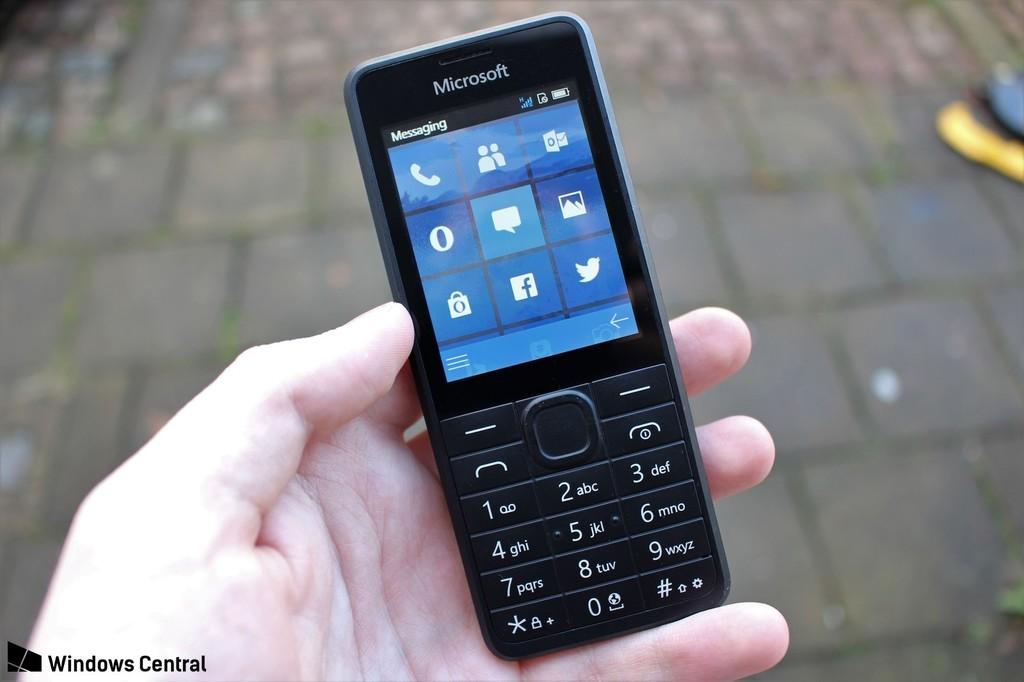 Microsoft estuvo a punto de anunciar un celular bobo muy al estilo Nokia℗ e inclusive llegaron a tener un prototipo