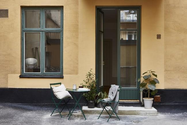 Es Con Impresionantes Luces En Un Apartamento Monocromo Disenadofantastic Frankmed808d9023dda34c6a80ba65b1ea4910dc