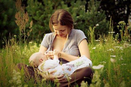Reclamación a un centro de salud por una mejor atención ante la lactancia materna