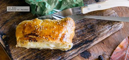 Hojaldre de queso Brie y mermelada. Receta de Año Nuevo