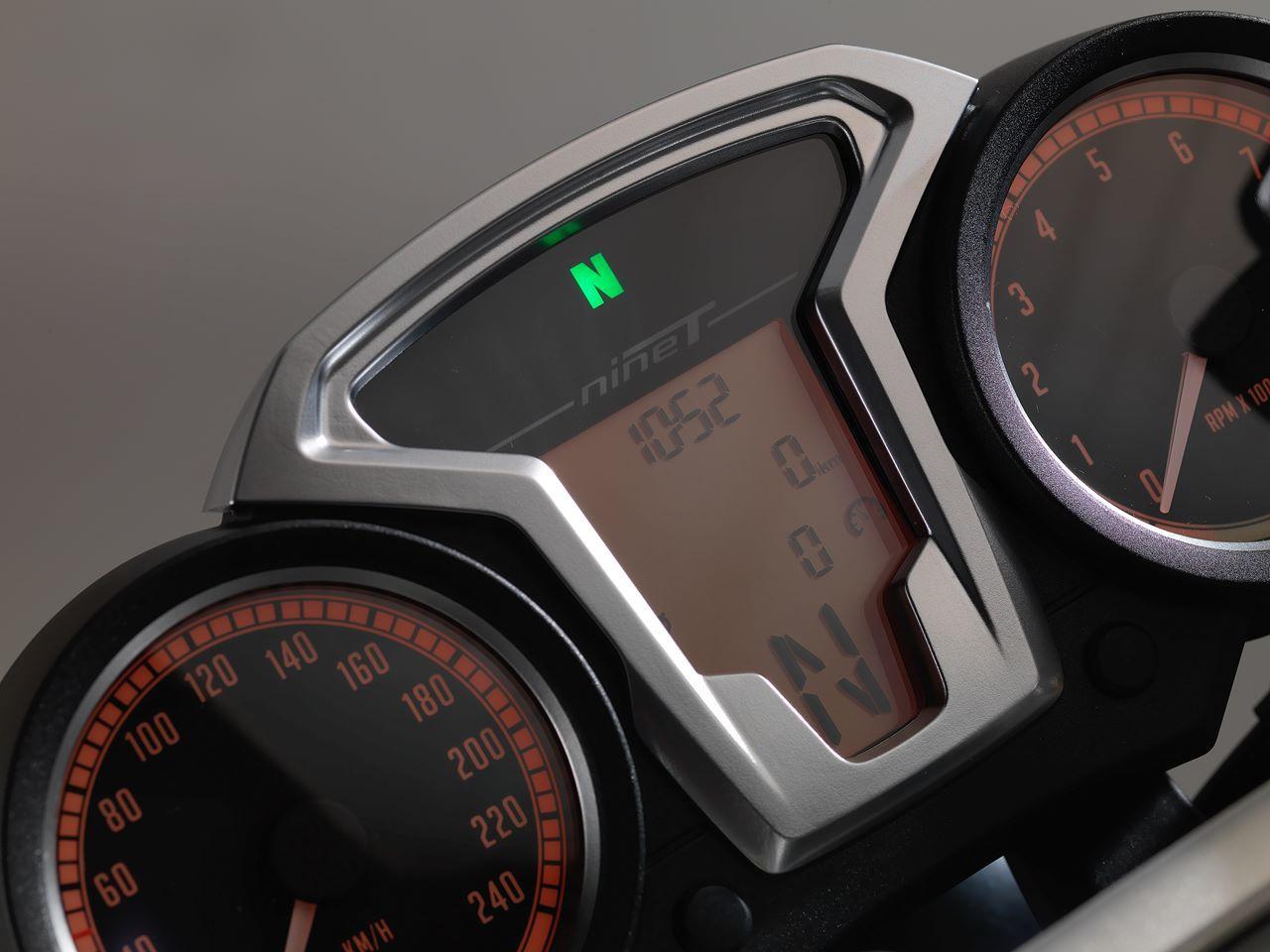 Foto de BMW R nine T, datos oficiales, fotos y vídeo (36/47)