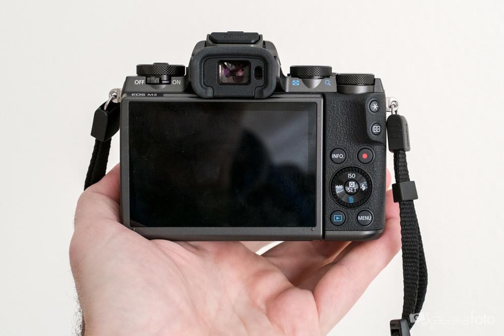 Canoneosm5 8088