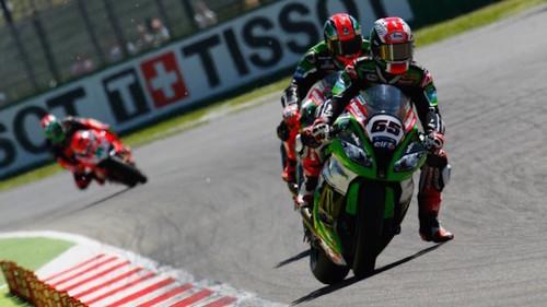 Superbikes Italia 2015: Jonathan Rea domina Imola bajo cualquier situación