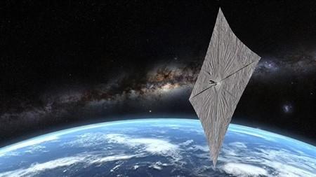 Esta es la primera nave espacial en elevar su órbita alrededor de la Tierra utilizando la luz solar