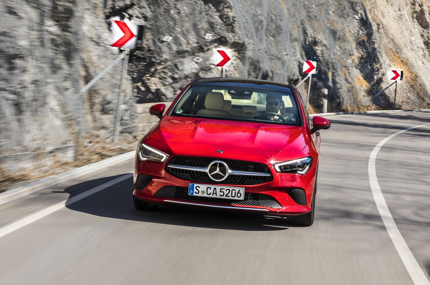 Foto de Mercedes-Benz CLA Coupé 2019, toma de contacto (87/248)