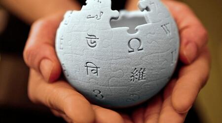 Wikipedia cuenta con 300 millones de dólares y ha roto sus previsiones de donaciones… pero te sigue pidiendo que dones