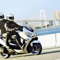 Foto 35 de 43 de la galería suzuki-burgman-400-2021 en Motorpasion Moto