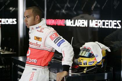 Lewis Hamilton acumula demasiados errores