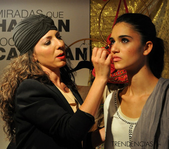 """L'Oréal presenta Le Kajal con un look al mejor estilo """"Bollywood"""""""