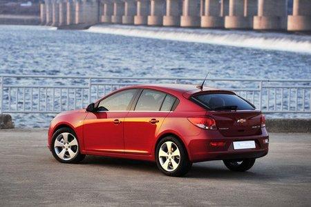 Así es el Chevrolet Cruze de cinco puertas, el HB5