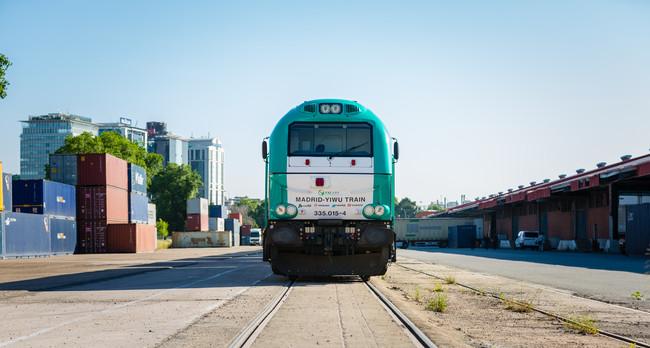El Tren Mas Largo De Del Mundo China Espana Llevara Un Vagon Turistico