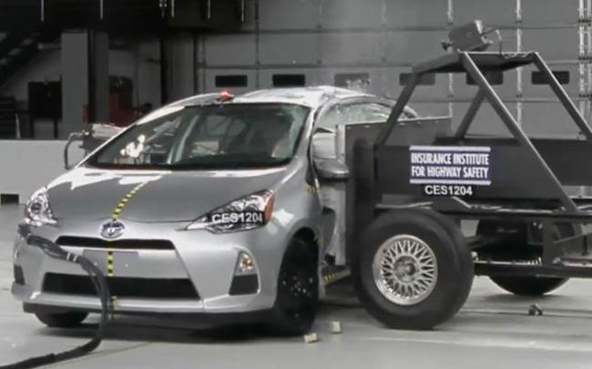 prius c crash test