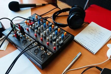 El número de podcasts ha crecido un 129.000% en la última década: un informe de Stitcher ofrece datos alucinantes de esta industria