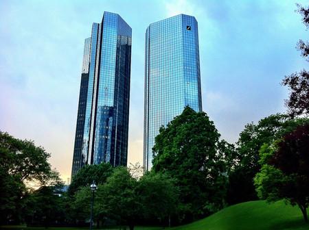 Deutsche Bank pierde 1.150 millones de euros en cuarto trimestre de 2013