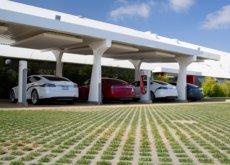 El conflicto legal entre Tesla y Ecotricity desvela supercargadores con una potencia de 145 kW