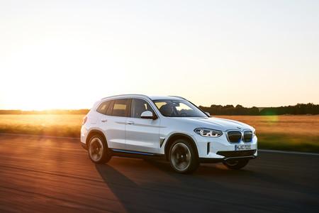 BMW iX3: el primer SUV 100% eléctrico de BMW llega con 460 kilómetros de autonomía y 286 caballos de potencia
