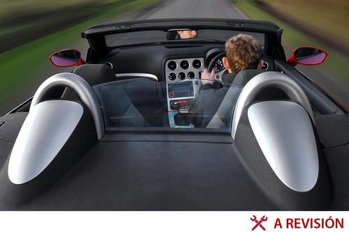 Para manejar un auto con volante del lado derecho en México se necesitan pocos trámites y mucha paciencia