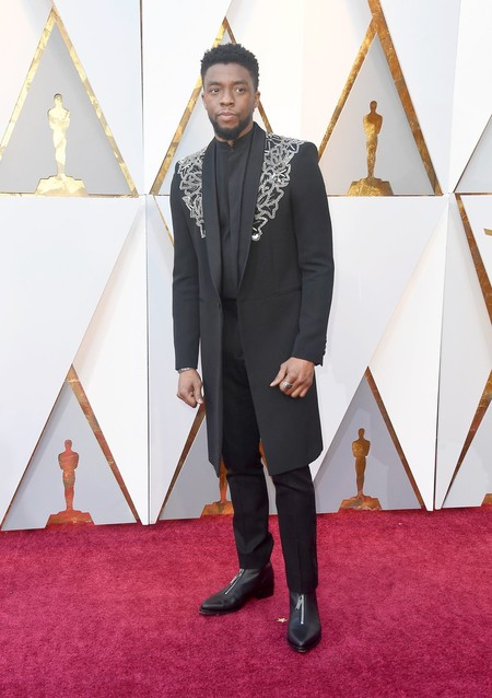 Chadwick Boseman Homenajea A Su Personaje En La Alfombra Roja De Los Premios Oscar 1