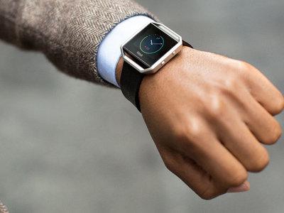 Fitbit se estrella ahogada por el Apple Watch