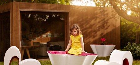 Flores y corazones para tu jardín, con la nueva colección de Agatha Ruiz de la Prada para Vondom