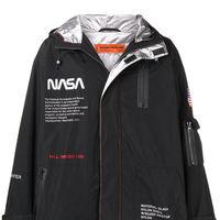 Heron Preston y la NASA crean la colección perfecta para llevar tu look a la luna