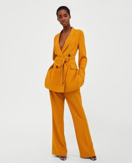 Traje Web Zara