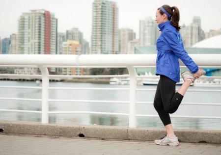 Es preferible correr menos y estirar más