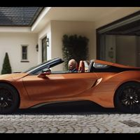 BMW trollea a Dieter Zetsche en su ultimo día como CEO de Mercedes-Benz