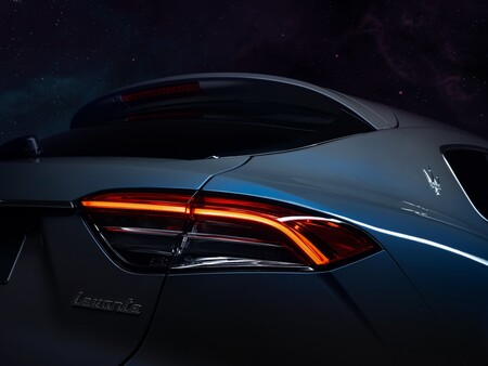 Maserati Levante Hybrid 21