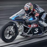 ¡Histórico! Max Biaggi arrasa con la moto eléctrica más rápida del mundo: 11 récords y más de 400 km/h