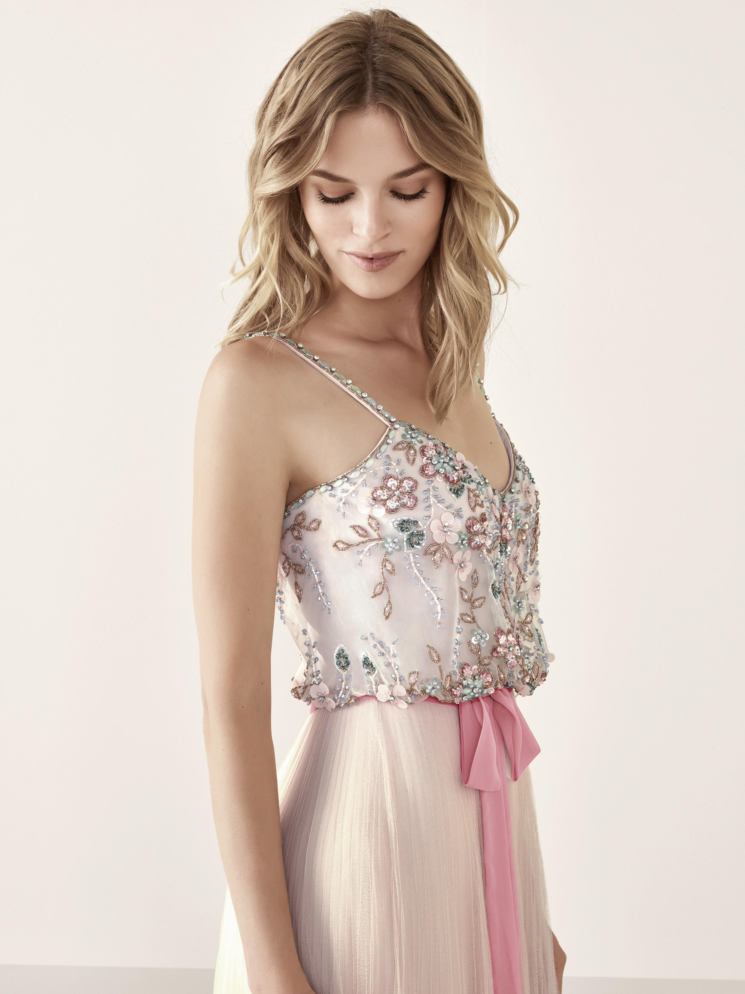 vestidos de fiesta de Pronovias 2019