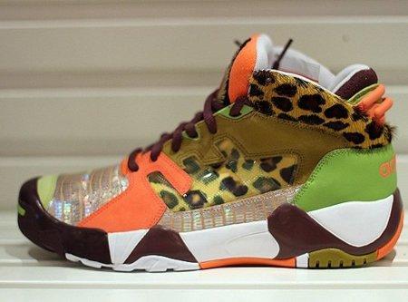 Zapatillas Adidas Originals by Originals Mid Top Sneaker por Jeremy Scott