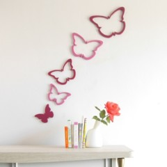 una-buena-idea-decorar-la-pared-con-mariposas