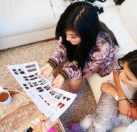 Kendall y Kylie (Jenner) pretenden entrar en nuestro armario de la mano de Topshop